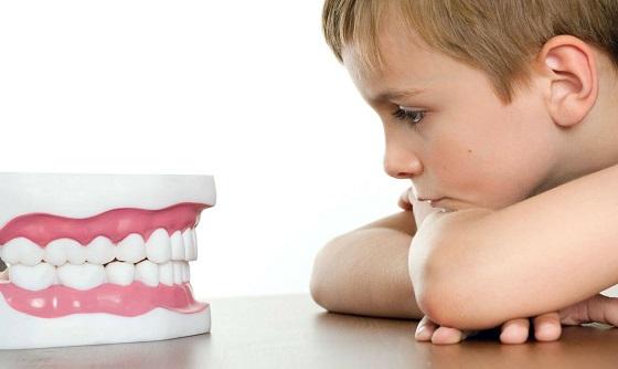 skrezhet-zubami-detskij-bruksizm